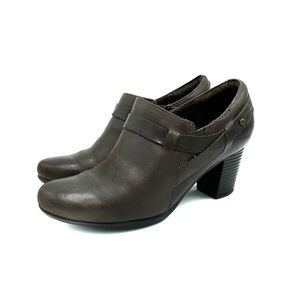 Clarks Bendables Brown Leather Ankle Booties